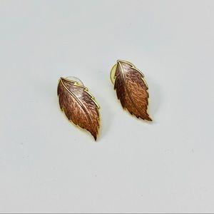 VINTAGE Leaf Studs
